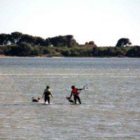stage de kite sicile, leçons kitesurf en duo à lo stagnone, cours de kite en paire sicile, école kitesurf en sicile à lo stagnone, apprendre le kitesurf en sicile, stage kitesurf français sicle
