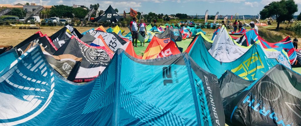 best kite to buy, kitesurf equipment, how to choose a kitesurf