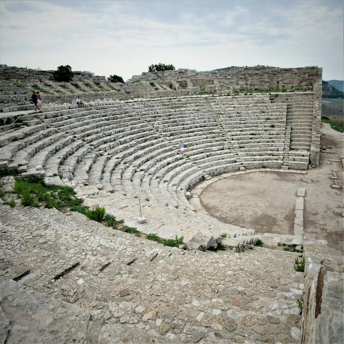 amphitéatre segesta visiter site achéologique