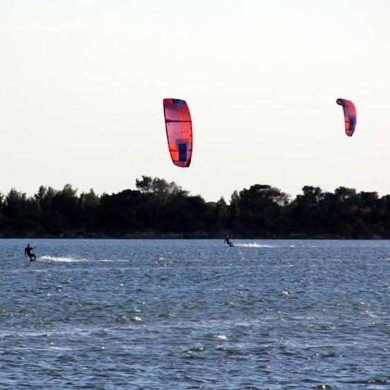 wyjazd kitesurfingowy na sycylii, kurs kite lo stagnone, kurs kitesurfingu na sycylii
