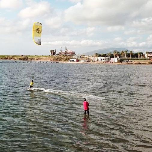 kurs kite sycylia lo stagnone, lekcje kitesurfingu na sycylii, wyjazd kite