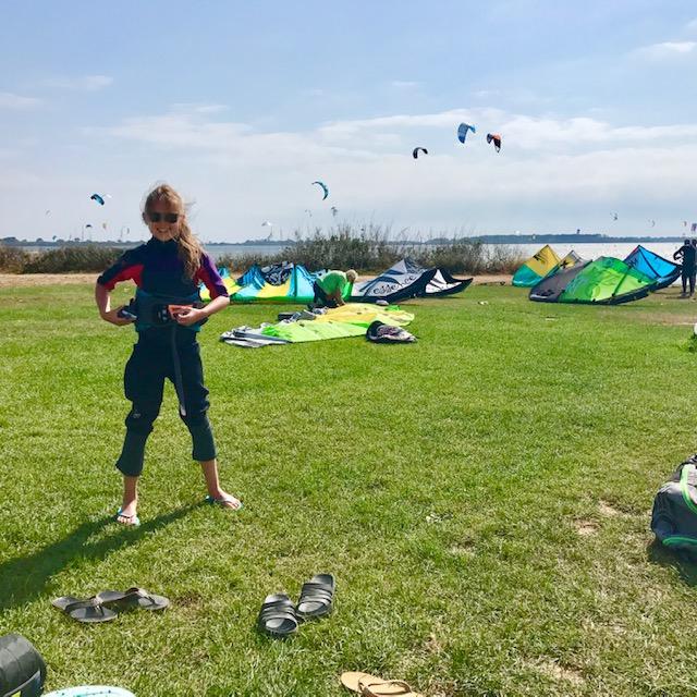nauka kitesurfingu dziecka, dzieci kitesurfingu,