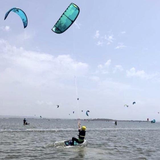kids lessons kitesurf; kite lab sicily