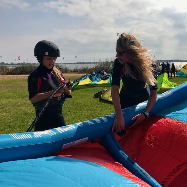 kitesurfing lesson kids, what age start kitesurfing; lessons for kids lo stagnone sicily