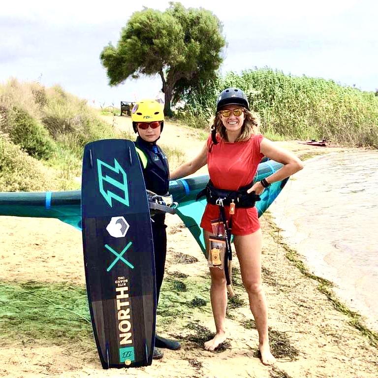 nauka kitesurfingu dziecka, teaching kitesurfing to kids, kitesurfing lessons for kids, lekcje kitesurfingu dla dziecka, kurs kitesurfingu dla dzieci