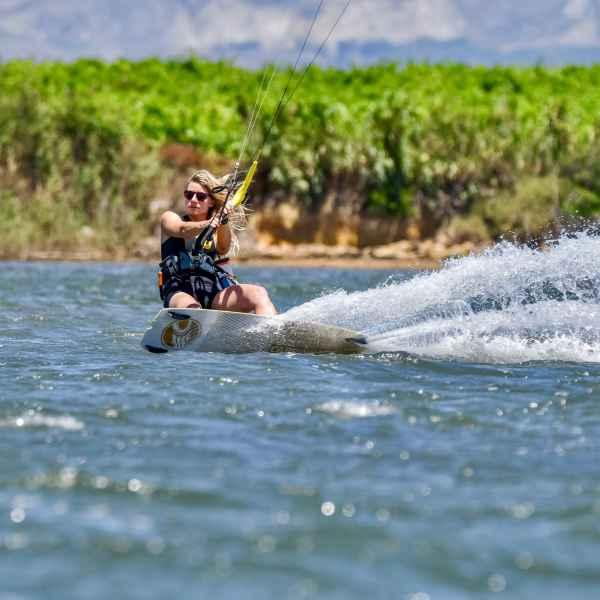 kite spot Lo Stagnone; Kitesurfing Marsala; Kitesurfing Sycylia; Szkoła kite na sycylii