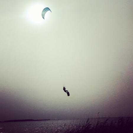 blog kitesurf; cours de kite pour enfant; recycler une aile de kitesurf; tourisme sicile